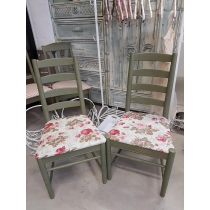 Oliivivärvi toolid